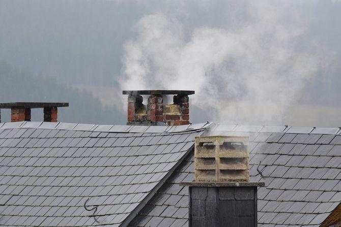 W energooszczędnym i przyjaznym dla środowiska domu ogrzewanie powinno być regulowane w ciągu doby, a także w zależności od pogody. | zdj. pixabay.com